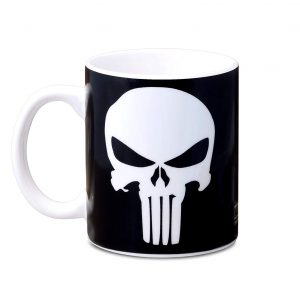 Taza de 300ml de color negro con el logo de El Castigador (The Punisher) de Marvel cómics. Todos los frikis la quieren!