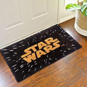 Felpudo friki de Star Wars (Guerra de las Galaxias). Doormat frikis para decorar tu casa.